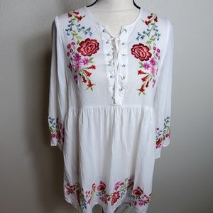 Forever 21 Embroidered Boho Tunic